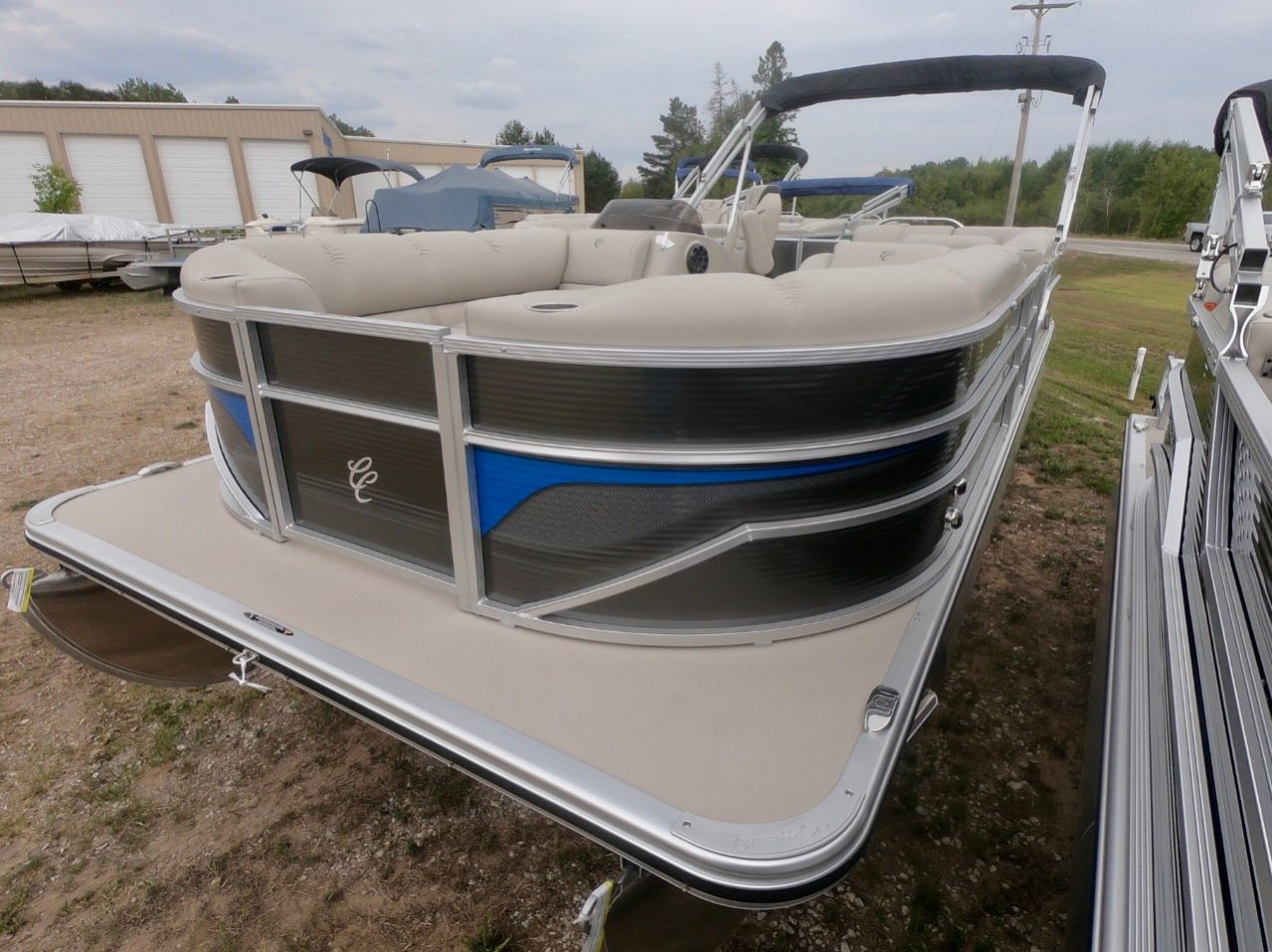 Cypress Cay Pontoon pewter blue 4